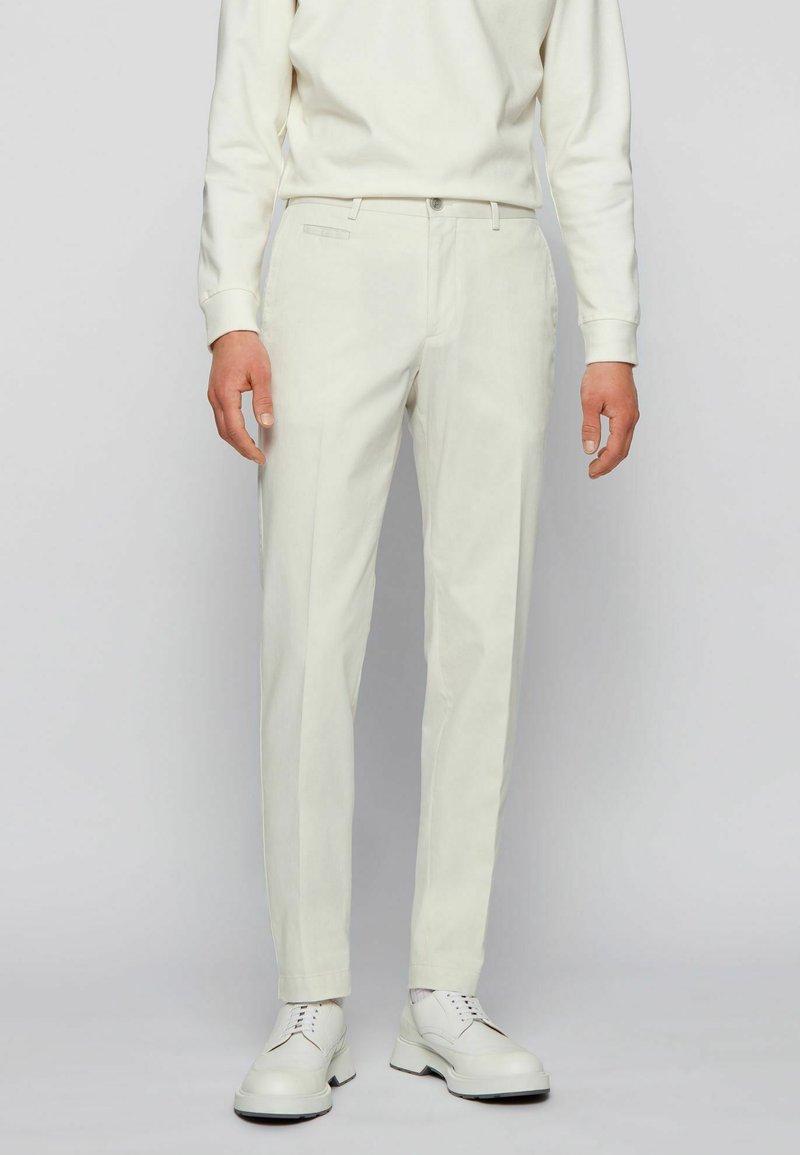 BOSS - BROAD - Trousers - natural