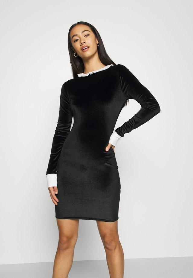 HALLOWEEN EXAGGERATED COLLAR BODYCON DRESS - Etuikleid - black