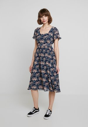 SQUARE NECK RUFFLE SLEEVE MIDI DRESS - Day dress - nightfall