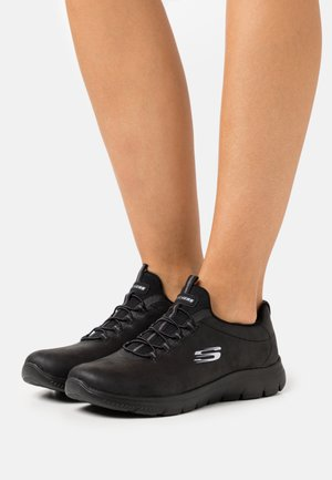 SUMMITS - Sneaker low - black