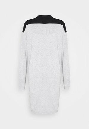 DRESS - Gebreide jurk - light grey heather