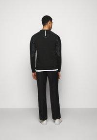 EA7 Emporio Armani - Sweatshirt - black - 2