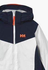 Helly Hansen - DIVINE - Kurtka snowboardowa - white - 4