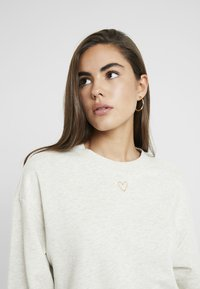 Monki - Sweatshirt - beige medium dusty - 3