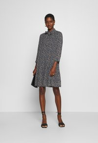 Marc O'Polo - DRESS SHORT FLUENT STYLE RUFFLED NECKLINE PRINTED - Day dress - multi - 1