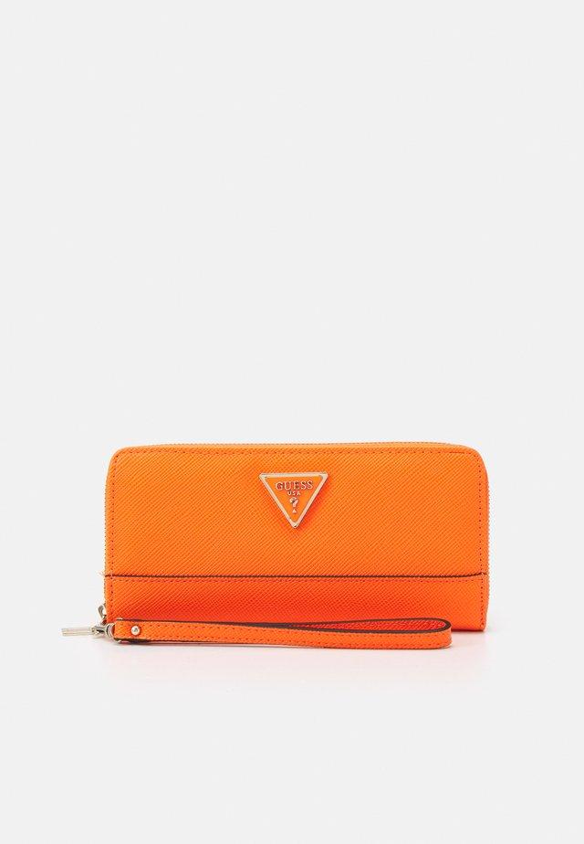 CORDELIA LARGE ZIP AROUND - Peněženka - orange