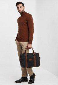 Pier One - Briefcase - black/brown - 1
