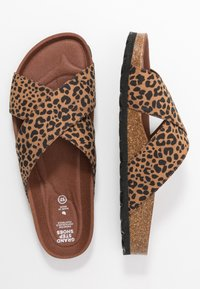 Grand Step Shoes - LOLA - Mules - brown - 3