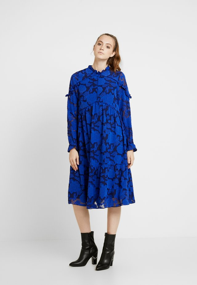 FLORAL CHECKED MIDAXI DRESS - Kjole - blue