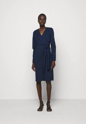 STELLA DRAPE DRESS - Robe fourreau - navy blue