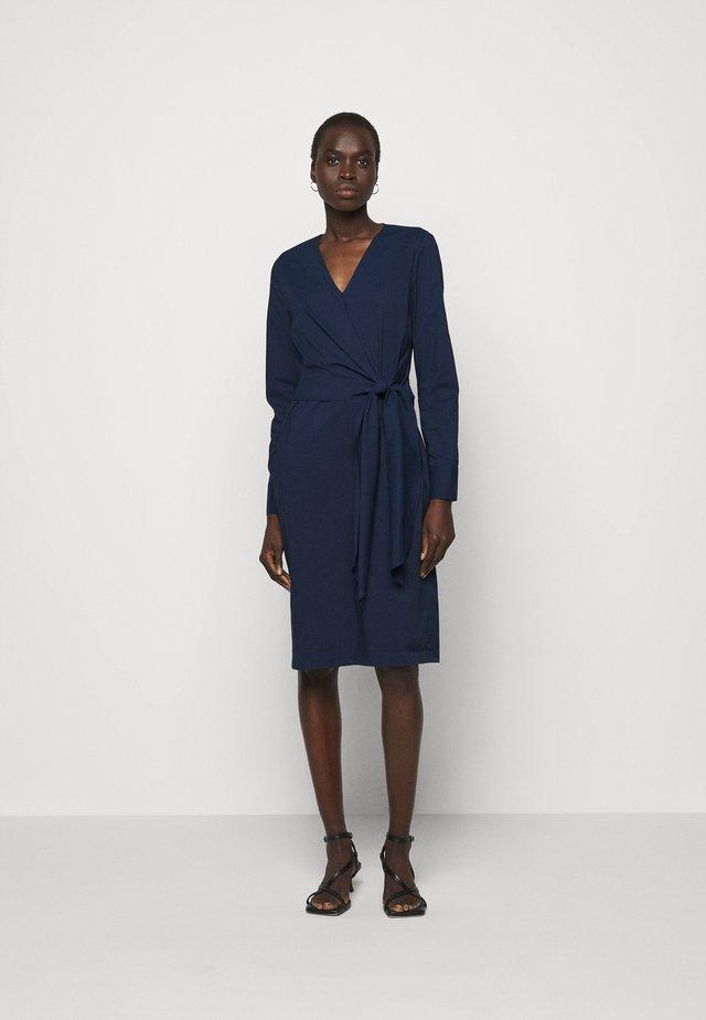 STELLA DRAPE DRESS - Etui-jurk - navy blue