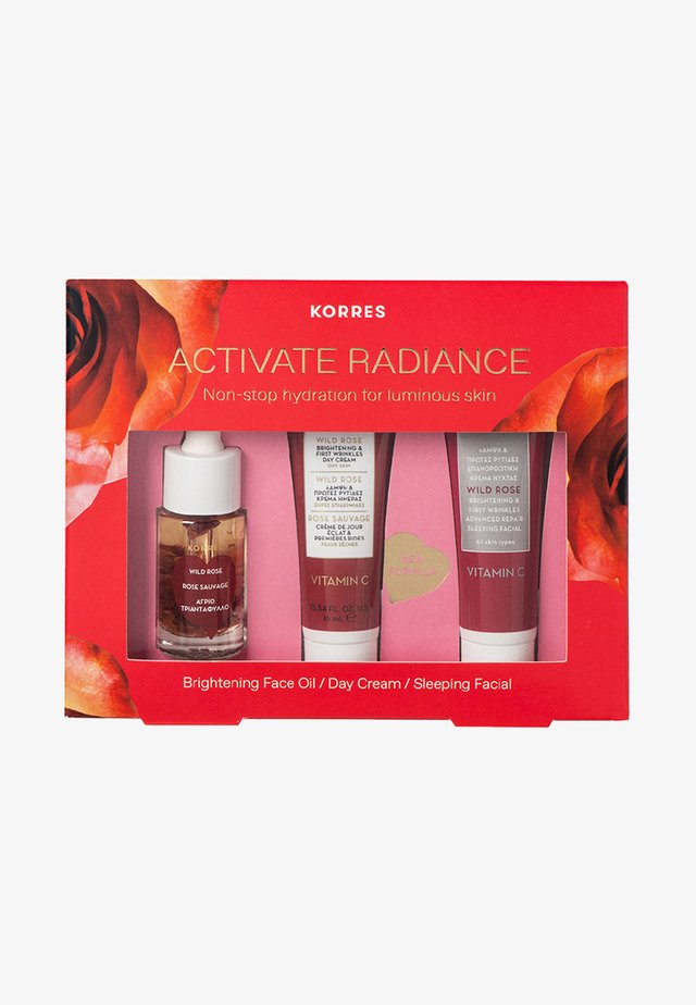 THE WILD ROSE RITUAL TRAVEL SIZE SET - Hudplejesæt - -