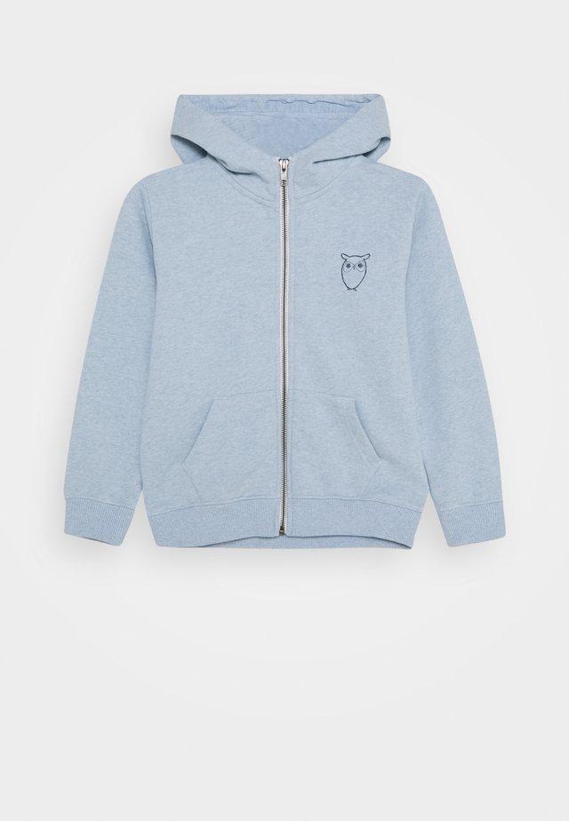 LOTUS OWL HOOD - Felpa aperta - light blue melange