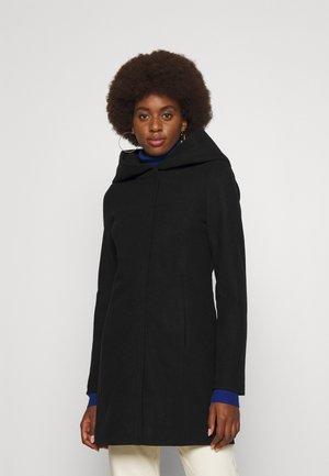 VMDAFNEDORA JACKET - Classic coat - black