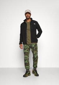 The North Face - GLACIER PRO FULL ZIP - Fleece jacket - black - 1