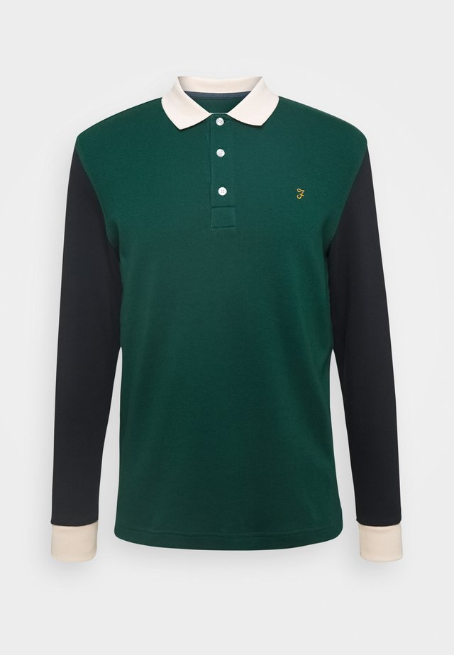 HEARSALL - Polo shirt - emerald green