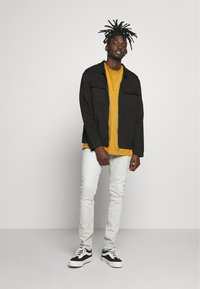 Topman - UTILITY SHACKET - Lehká bunda - black - 1