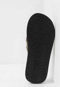 Quiksilver - MONKEY ABYSS - Slippers - green/black/brown - 4