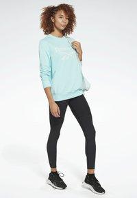 Reebok - FRENCH TERRY BIG LOGO SWEATSHIRT - Sweatshirt - blue - 1