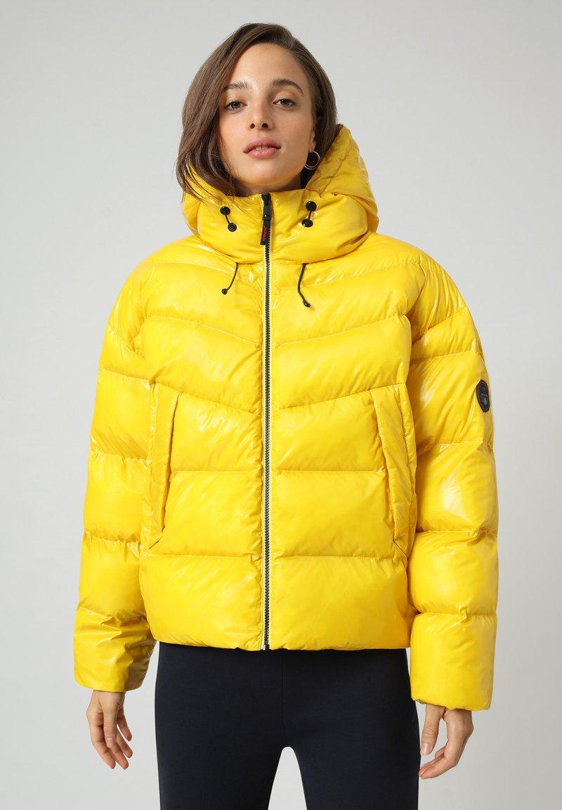 Napapijri - A-LOYLY - Winter jacket - yellow oil