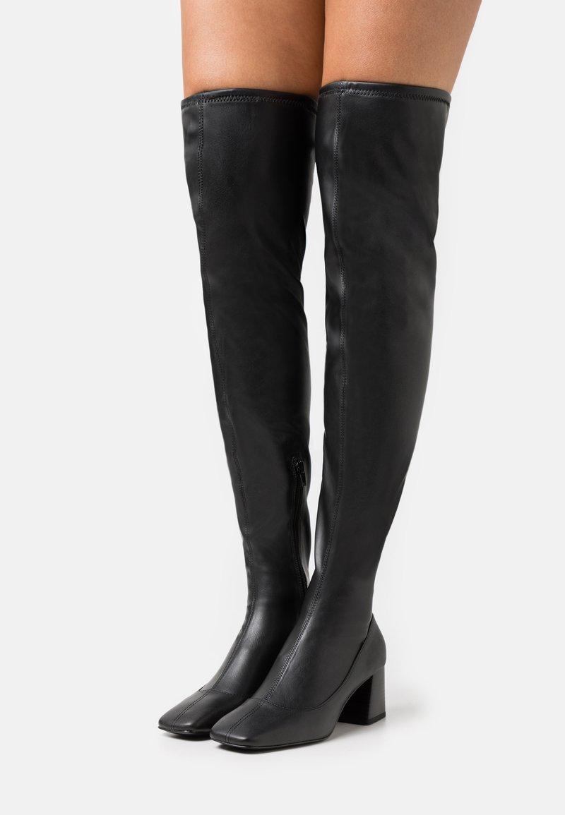 Monki - ARIANNE BOOT VEGAN - Overknee laarzen - black