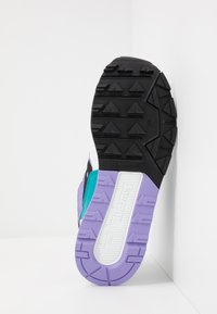 Saucony - AZURA - Sneakers laag - white/voilet/capri - 4