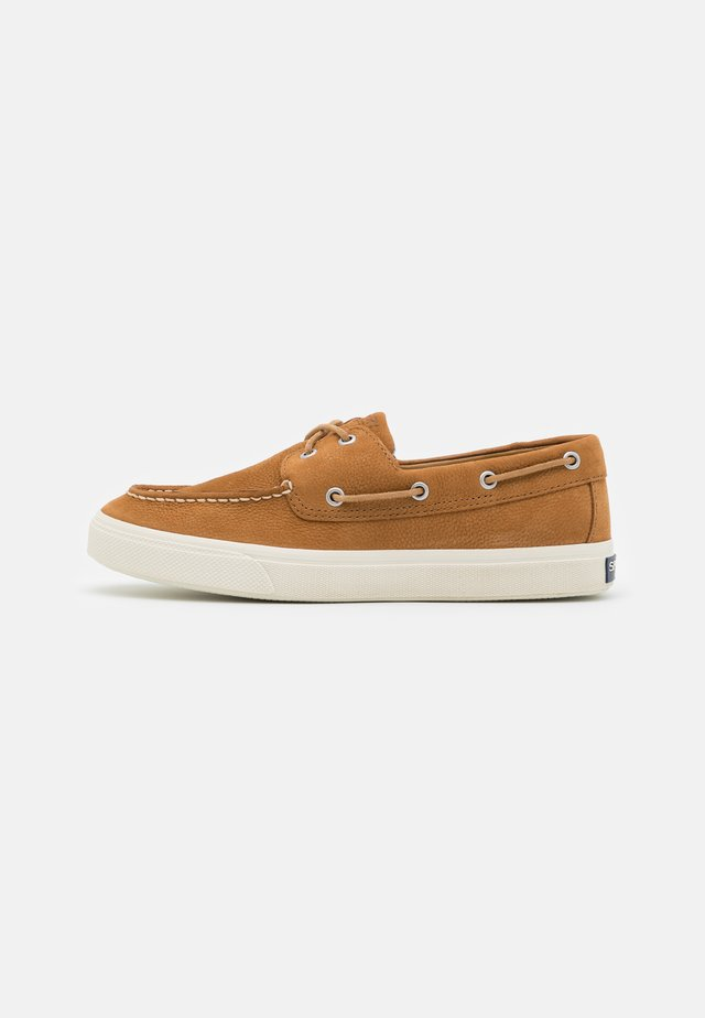BAHAMA PLUSHWAVE - Boat shoes - tan