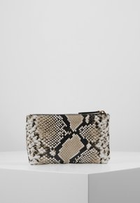 Kurt Geiger London - POUCH GIFT SET - Wallet - nude