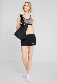 Nike Performance - INDY BRA - Soutien-gorge de sport - carbon heather/anthracite/black - 1