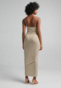 Bershka - Sukienka etui - brown - 1