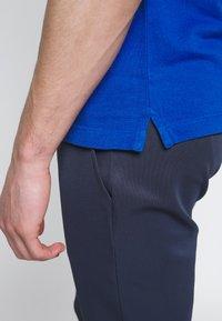 Lacoste - PH4012 - Polo shirt - electrique - 3