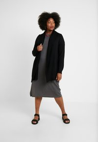 Twintip Plus - Strikjakke /Cardigans - black - 0