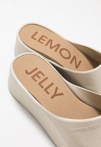 LEMON JELLY - SUNNY - Mules à talons - warm grey - 2