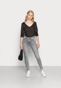 ONLY - ONLBLUSH - Jeans Skinny Fit - grey denim - 1