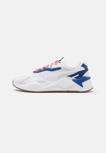 RS-X³ X-MAS EDITION UNISEX  - Trainers - white/elektro blue