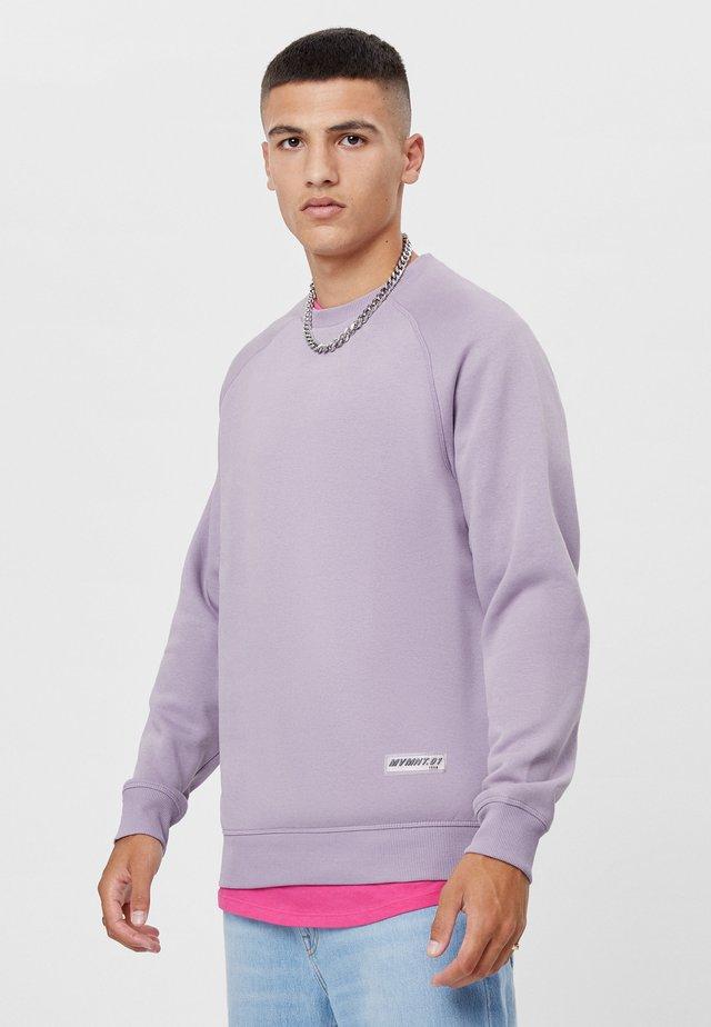 MIT RUNDAUSSCHNITT  - Sweatshirt - mauve
