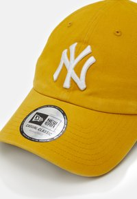 New Era - LEAGUE ESSENTIAL CASUAL CLASSIC - Keps - yellow/white - 3