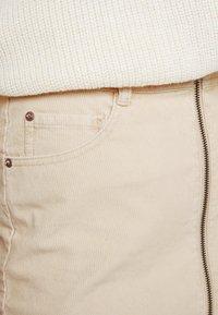 Roxy - MAJOR CHANGE - A-line skirt - ivory cream - 4