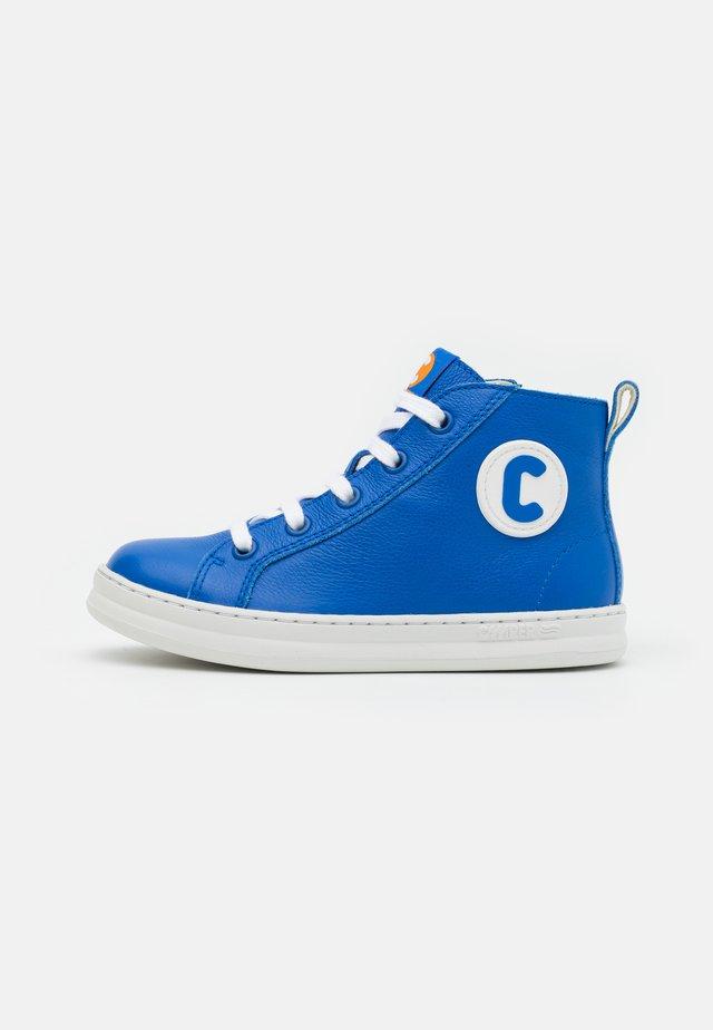 RUNNER FOUR - Zapatillas altas - medium blue