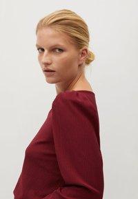 Violeta by Mango - RAYETAS - Long sleeved top - maroon - 3