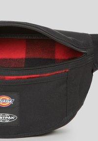 Eastpak - DICKIES X EASTPARK/CONTEMPORARY - Bum bag - black - 2