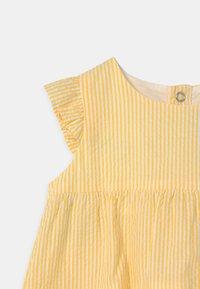 Petit Bateau - Day dress - shine/marshmallow - 2