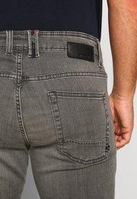 camel active - FLEX - Straight leg jeans - grau - 4