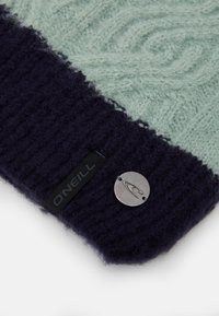 O'Neill - CABLE BEANIE - Lue - scale - 2