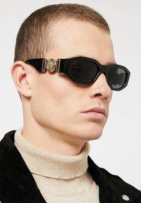 Versace - UNISEX - Sunglasses - black - 1