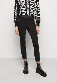 DKNY - FOUNDATION LOGO - Leggings - Trousers - black - 0