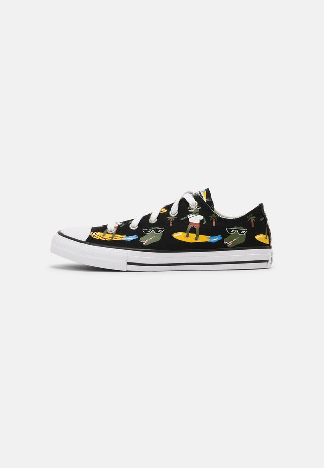 CHUCK TAYLOR ALL STAR OX UNISEX - Trainers - black/multi/white