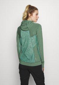 Salewa - PUEZ MELANGE DRY HDY - T-shirt sportiva - feldspar green melange - 2