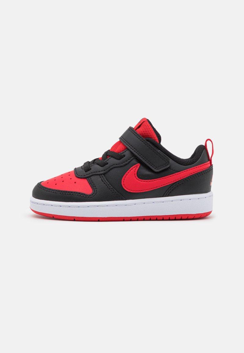 Nike Sportswear - COURT BOROUGH 2 UNISEX - Baskets basses - black/university red