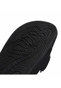 adidas Originals - ADIDAS ORIGINALS  X PHARRELL WILLIAMS BOOST SLIDES - Pool slides - black - 9
